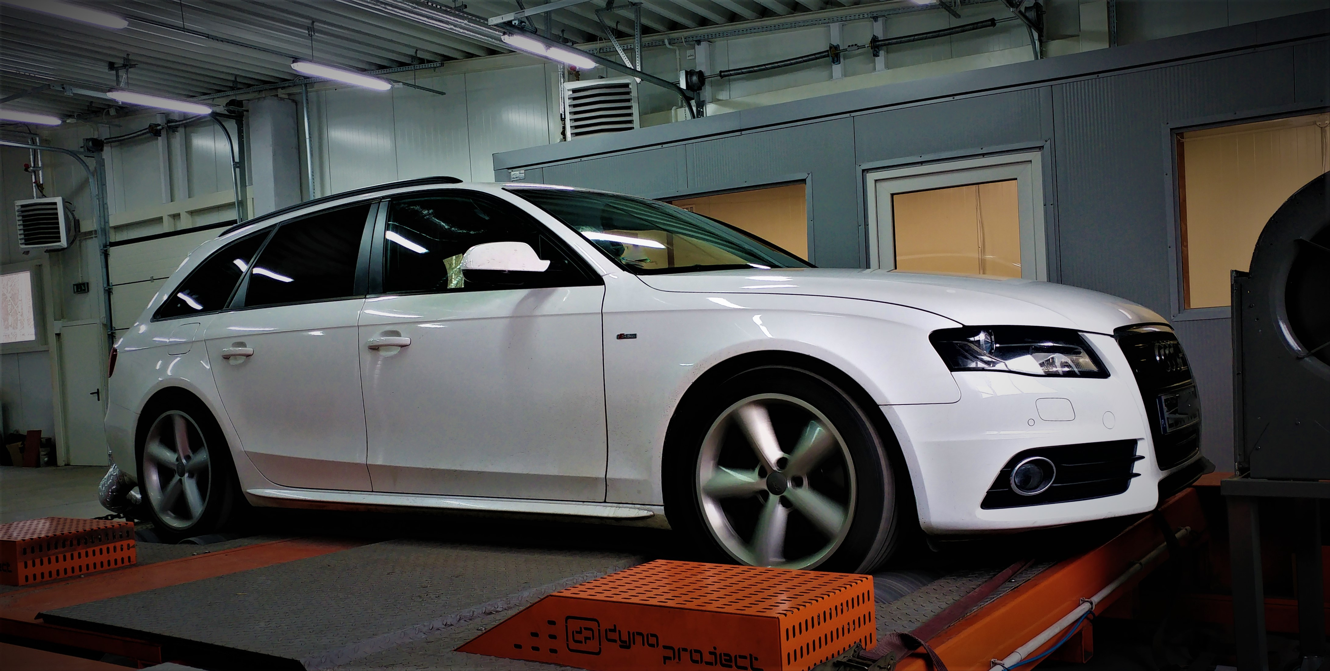 chiptuning audi a4 b8 3 0tdi ccwa stage 4 tc performance. Black Bedroom Furniture Sets. Home Design Ideas