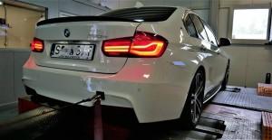 BMW F30 330e 252KM