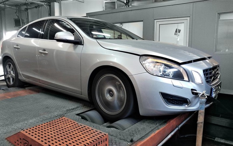 CHIPTUNING VOLVO S60 2.0T 230KM STAGE 1