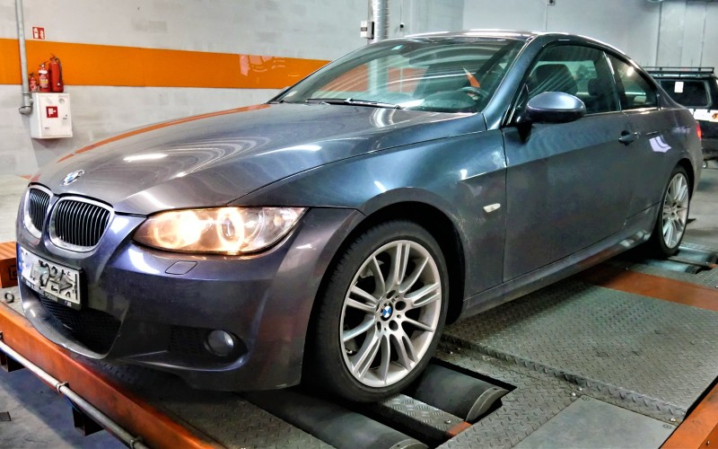 CHIPTUNING BMW E92 325i 218KM – STAGE 1