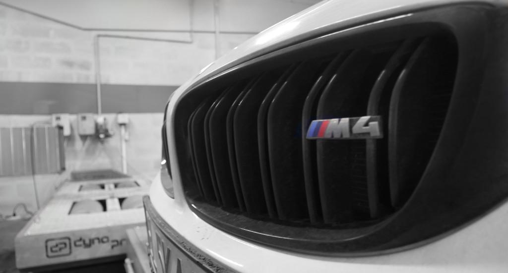 BMW M4 F82 431 KM 450 COMPETITION DKG DYNO HAMOWNIA