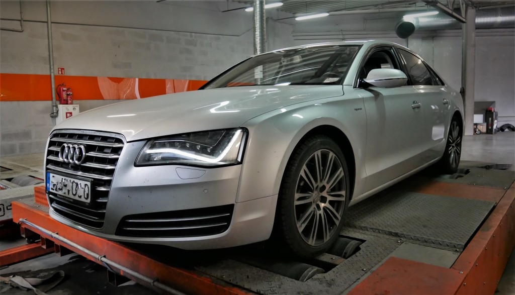 Chip tuning Audi A8 2.0TFSI Hybrid 245KM