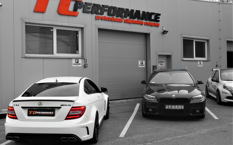 CHIPTUNING MERCEDES C63 AMG BLACK SERIES 517KM – STAGE 2