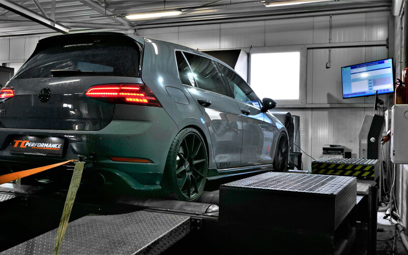 Chiptuning VW GOLF TCR 2.0TSI 290KM – Stage 2